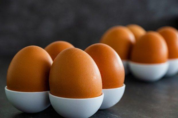 Telur Rebus Matang vs Setengah Matang. Pilih yang Mana?